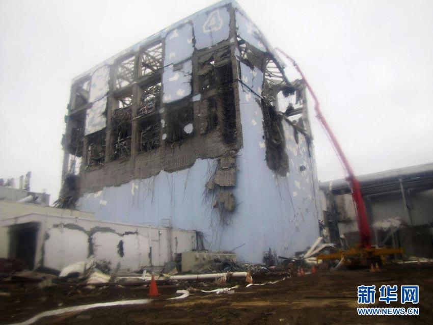 福岛核电站严重核泄漏事故:300吨辐射污水外泄(高清组图)