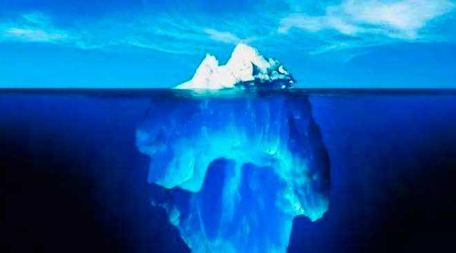 """我国南海海域首次发现裸露""""可燃冰"""""""