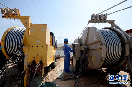 陕西神木750kV输变电工程开始架线施工
